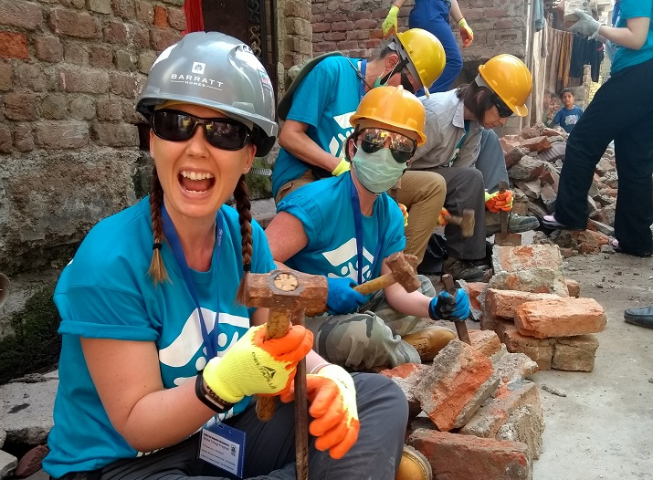 Malawi build project - Volunteers in action