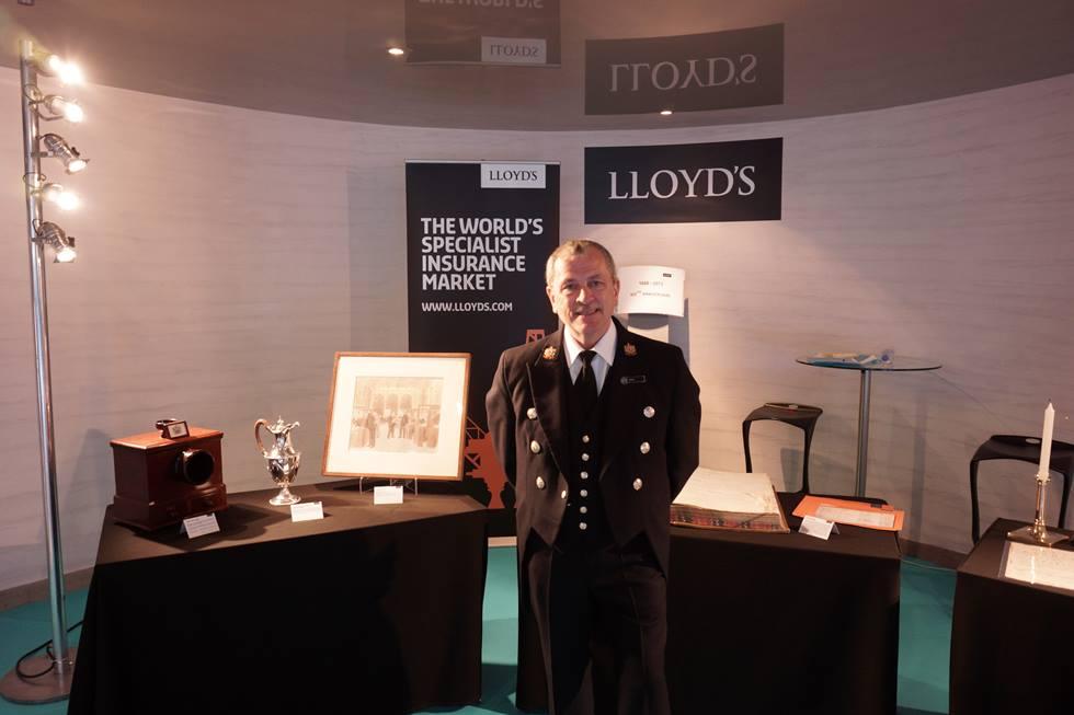 Bob Dee, Head Waiter, Lloyd's